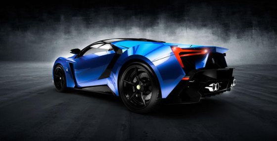 """W Motors"" nuotr./""W Motors SuperSport"""