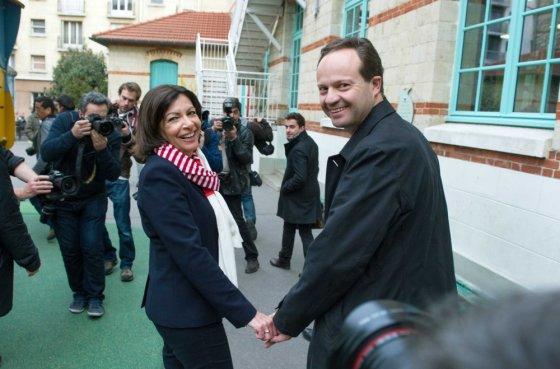 """""""Scanpix"""" nuotr./Anne Hidalgo ir jos vyras Jeanas Marcas Germainas"""