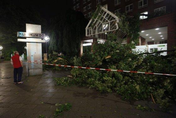 """Reuters""/""Scanpix"" nuotr./Audros padariniai Dortmunde"
