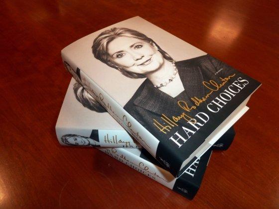 "AFP/""Scanpix"" nuotr./Hillary Clinton knyga"