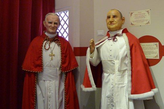 """""""Scanpix"""" nuotr./Jono Pauliaus II ir Jono XXIII vaškinės skulptūros"""