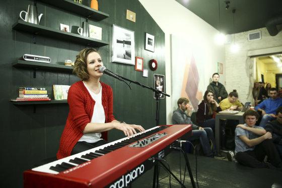 Luko Balandžio/Žmonės.lt nuotr./Ievos Narkutės naujo albumo pristatymas