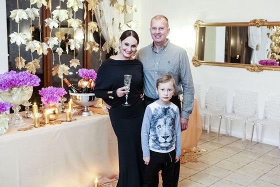 Teodoro Biliūno/Žmonės.lt nuotr./Inga ir Darius Budriai su sūnum