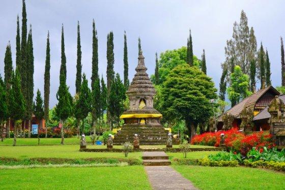 Shutterstock nuotr./Balis dar vadinamas šventyklų miestu.