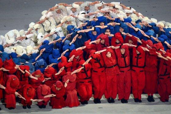 """AFP/""""Scanpix"""" nuotr./Sočio parolimpinių žaidynių atidarymo ceremonija"""