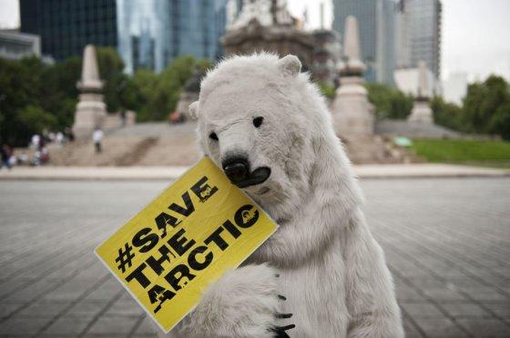 """AFP/""""Scanpix"""" nuotr./Protestas prieš naftos gręžinius Arktyje"""