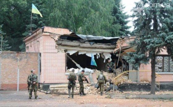 06274.com.ua nuotr./Teroristai užpuolė karinę bazę Artemivske