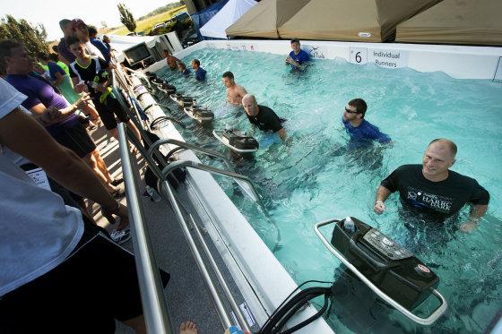 pennlive.com nuotr./Povandeninis Hershey maratonas (HydroWorx Underwater Marathon)