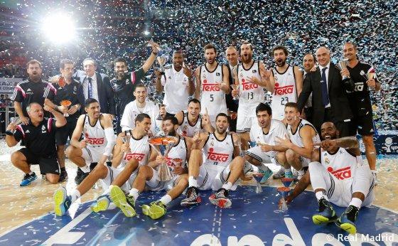 """realmadrid.com nuotr./""""Real"""" laimėjo Ispanijos supertaurę"""