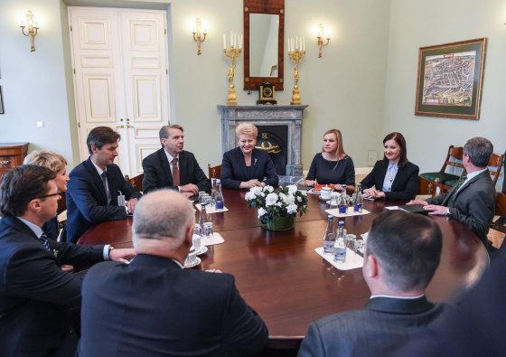 R. Dačkaus nuotr./Lietuvos Respublikos Prezidentė Dalia Grybauskaitė susitiko su Generalinės prokuratūros vadovybe ir apygardų prokuratūrų vyriausiaisiais prokurorais.