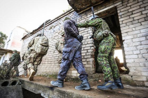 Ievos Budzeikaitės (KAM) nuotr./Greitojo reagavimo pajėgoms priklauso ir Karo policijos elementai.