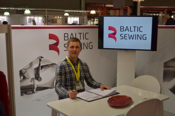 """""""Baltic Sewing company"""" nuotr./Vienas """"Baltic Sewing company"""" įkūrėjų Benas Vaičiukas"""