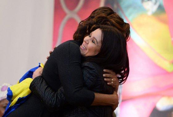 "AFP/""Scanpix"" nuotr./Michele Obama ir Ruslana"