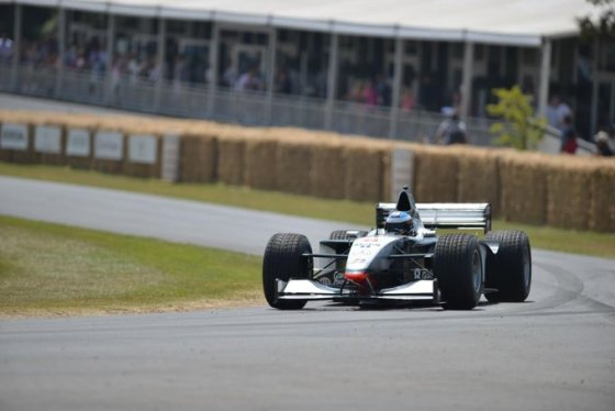 "(Newspress.co.uk nuotr.)/""McLaren-Mercedes MP4/13"""