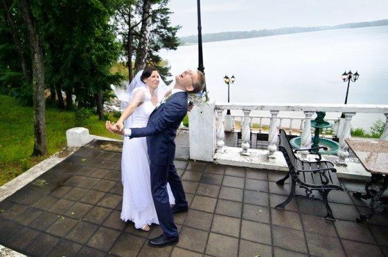 """TV3 nuotr./Socialinio eksperimento """"Aklos vestuvės"""" dalyviai Denis ir Inga"""