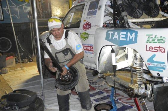 """Komandos nuotr./""""Abu Dhabi Desert Challenge"""" varžybos"""
