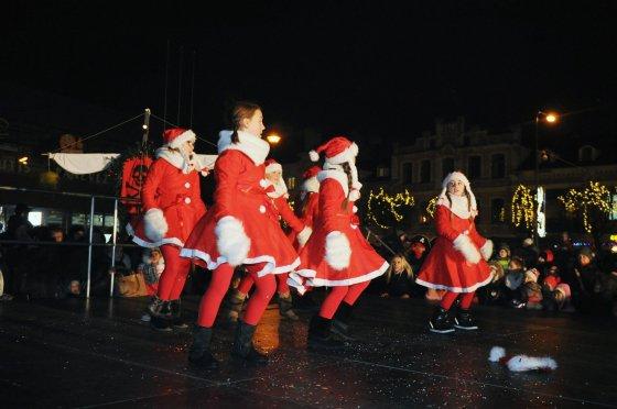 Tomo Markelevičiaus nuotr./Kalėdų eglės įžiebimas Panevėžyje