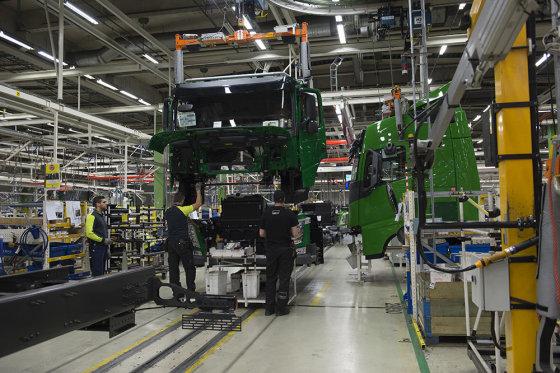 """""""Volvo"""" nuotr./Trimatė """"Volvo Trucks"""" gamybos technologija"""