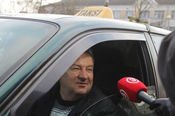 Tomo Markelevičiaus nuotr./Pasipuošusi kontrolierė