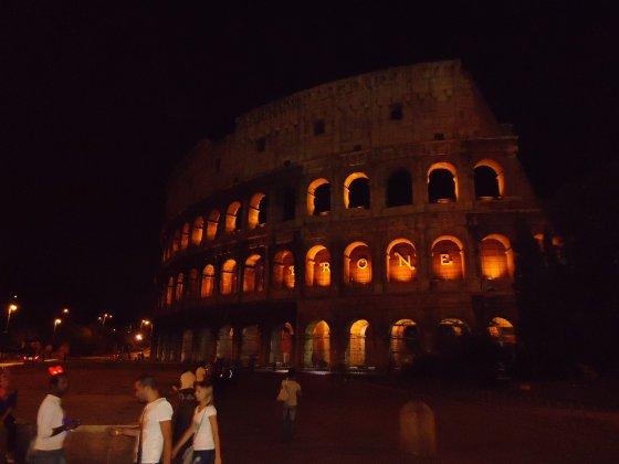 Roma naktį