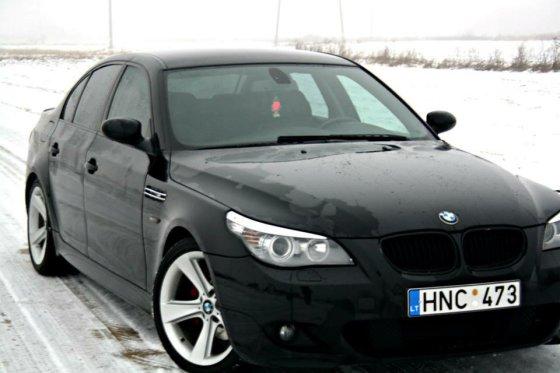 Šiauliuose pavogtas BMW