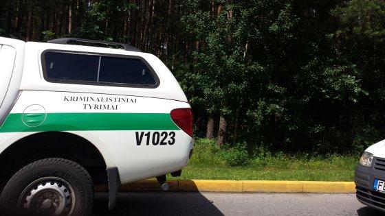 Šalia Lazdynų ligoninės rastas negyvas žmogus