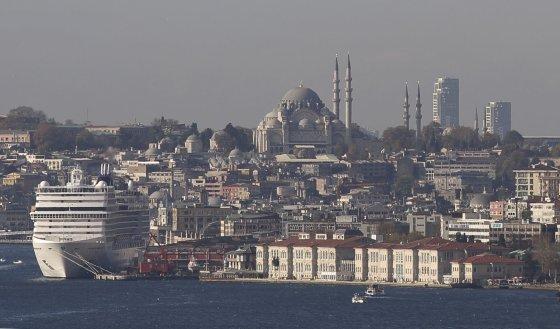 """""""Reuters""""/""""Scanpix"""" nuotr./Osmanų imperijos laikais pastatyta Suleimano mečetė"""