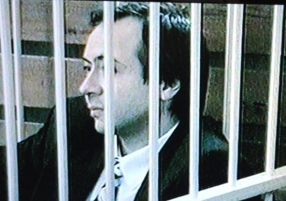 LNK filmuotos medžiagos stop kadras/Už žurnalisto užsakomąją žmogžudystę mirties bausme nuteistas B.Dekanidzė.