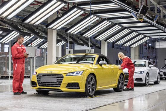 """Naujo """"Audi TT"""" kabrioleto gamybos linija"""