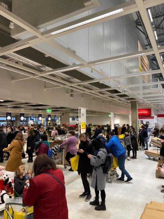 Sakitytojo Konrado nuotr./Šeštadienis parduotuvėje IKEA