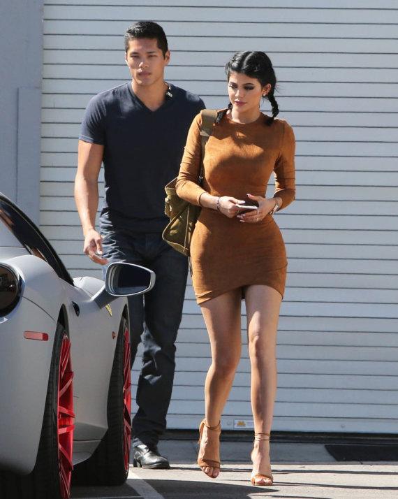 Vida Press nuotr./Kylie Jenner ir Timas Chungas (2015 m. rugsėjis)