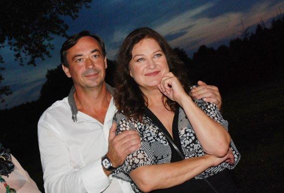 Laimos Geležiūtės nuotr./Birutė Petrikytė su vyru Igoriu Karžickiu