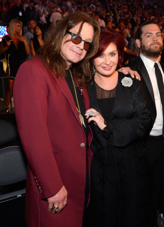"AFP/""Scanpix"" nuotr./Ozzy Osbourne'as su žmona Sharon Osbourne"