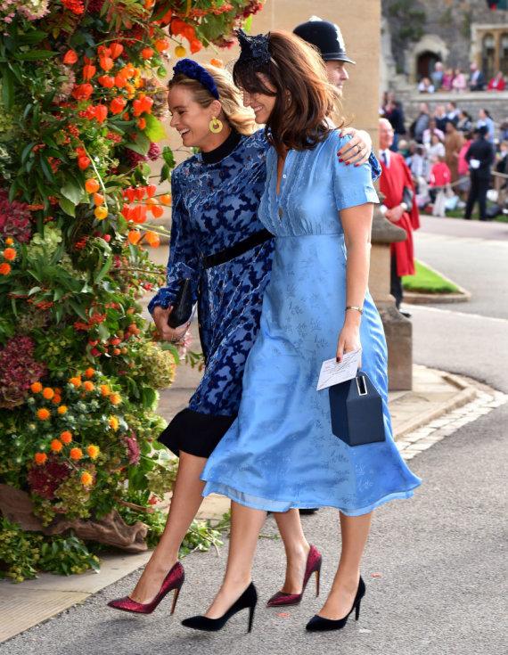 """""""Reuters""""/""""Scanpix"""" nuotr./Buvusi princo Harry mergina Cressida Bonas (kairėje) su drauge"""
