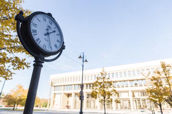 Josvydo Elinsko / 15min nuotr./Laikrodžiai Vilniaus gatvėse
