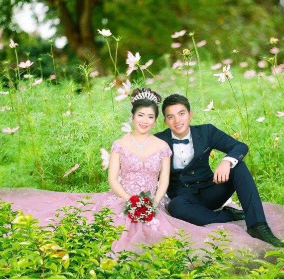Asmeninio albumo nuotr./Vu Thi Thanh su vyru Hoanu