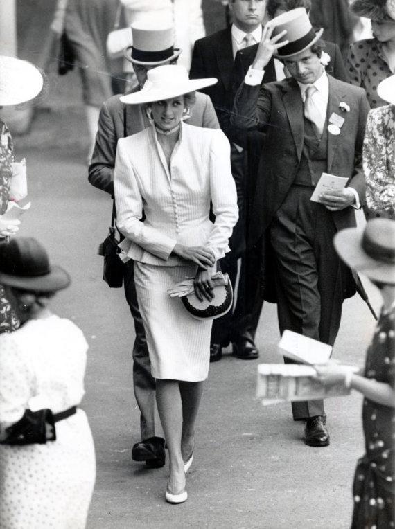 Vida Press nuotr./Princesė Diana ir Oliveris Hoare'as 1986 metais