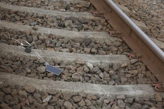 Vidmanto Balkūno / 15min nuotr./Ties Iešmininkų gatve traukinys partrenkė ir mirtinai sužalojo 1999 m. gimusį jaunuolį