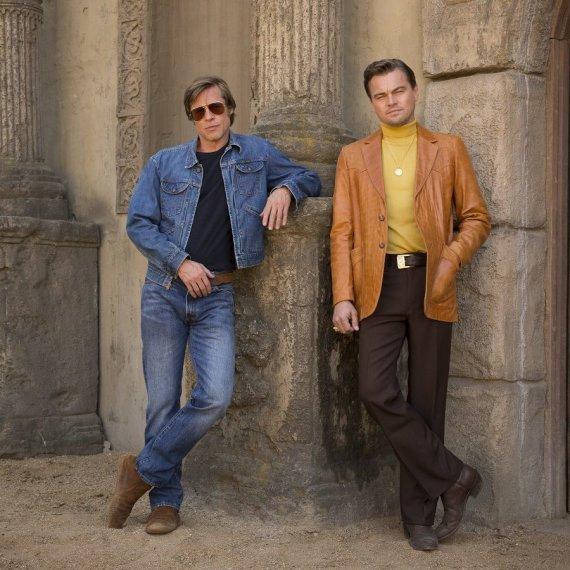 Filmo kūrėjų nuotr./Bradas Pittas ir Leonardo DiCaprio