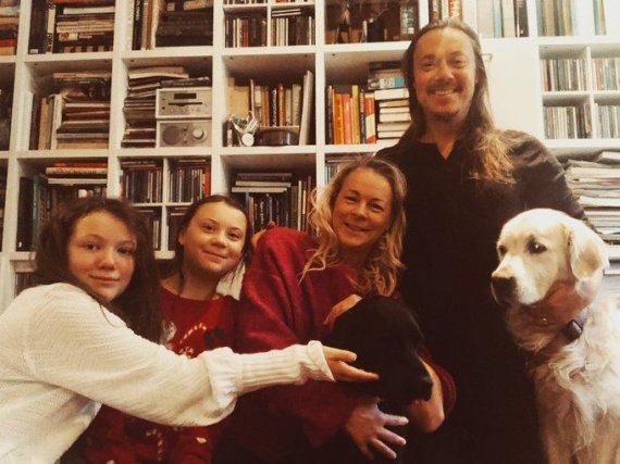 """Twitter"" nuotr./Greta Thunberg su šeima"