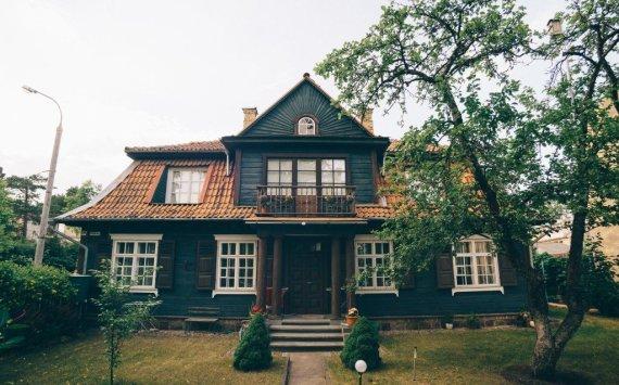Igno Nefo nuotr./Zakopanės stiliaus namas Žvėryne, Kęstučio ir Vykinto gatvių sankirtoje