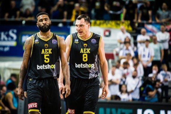 FIBA nuotr./Jonas Mačiulis ir Keithas Langfordas