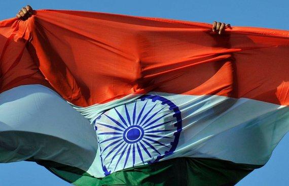 "AFP/""Scanpix"" nuotr./Indijos vėliava"