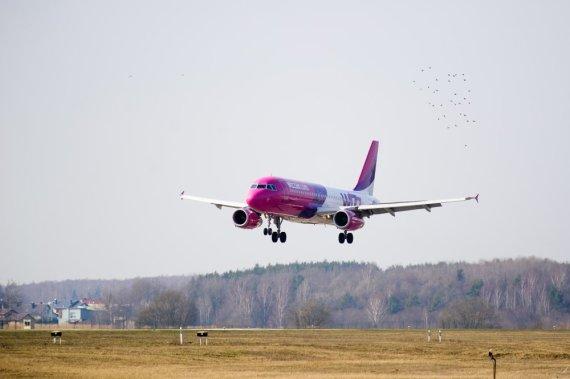 """wizzair.com nuotr. /""""Wizz Air"""" lėktuvas"""