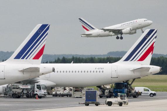 """AFP/""""Scanpix"""" nuotr./""""Air France-KLM"""" lėktuvai"""