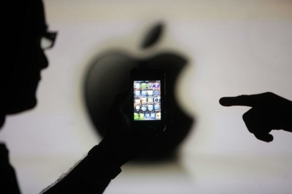 """Reuters""/""Scanpix"" nuotr./Telefonas ""iPhone 4"""