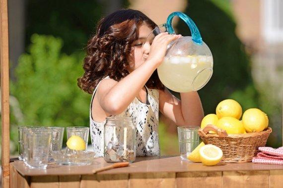 Fotolia nuotr./Gaivieji gėrimai vaikams