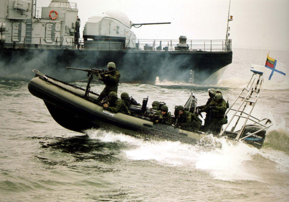 KAM archyvo nuotr./Specialiųjų operacijų pajėgų pratybos