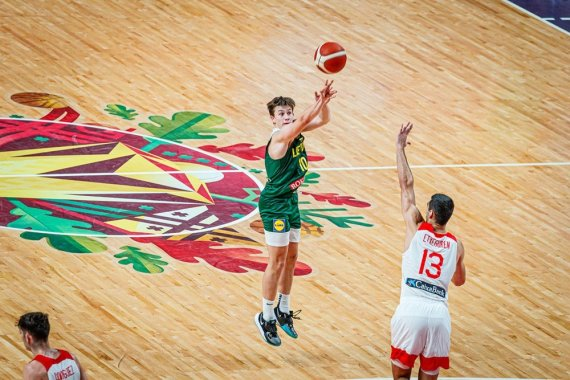 FIBA nuotr./Lietuvos jaunimo (iki 19 metų) rinktinė nusileido po pratęsimo Ispanijai. Dominykas Stenionis