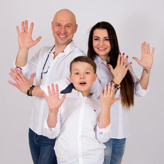 Manto Reimerio nuotr. /Algirdas ir Milisandra Radzevičiai su sūnumui Roku